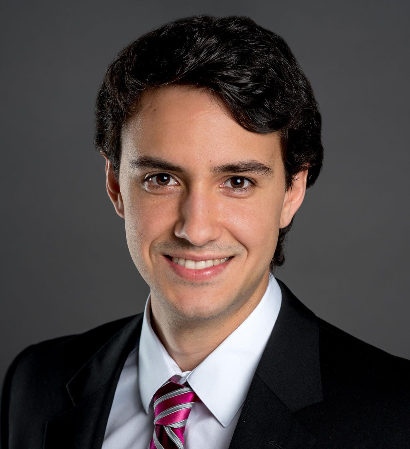 Arthur Farina Headshot   Dakota Investments