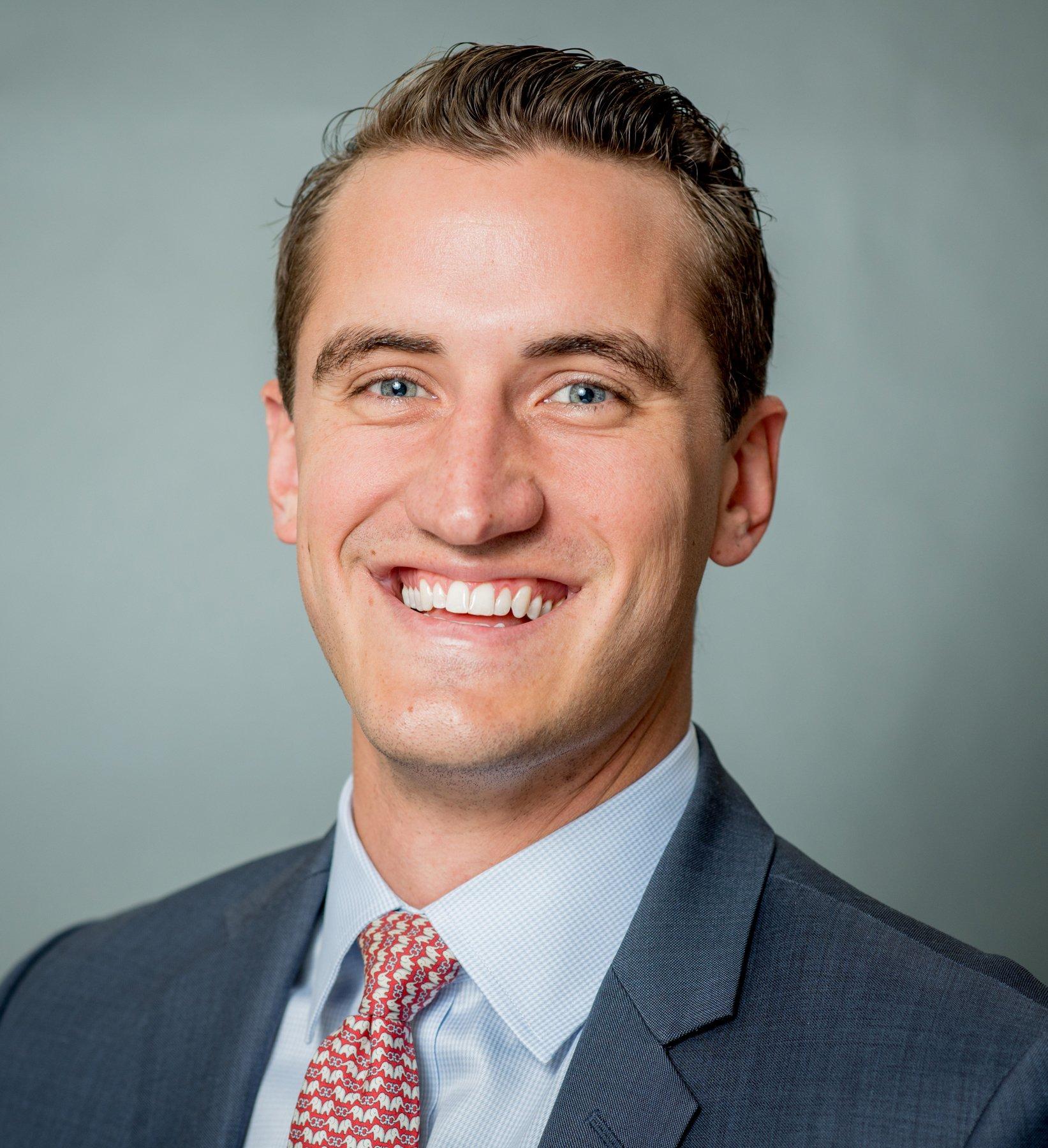 Tim Dolan Headshot | Dakota Investments