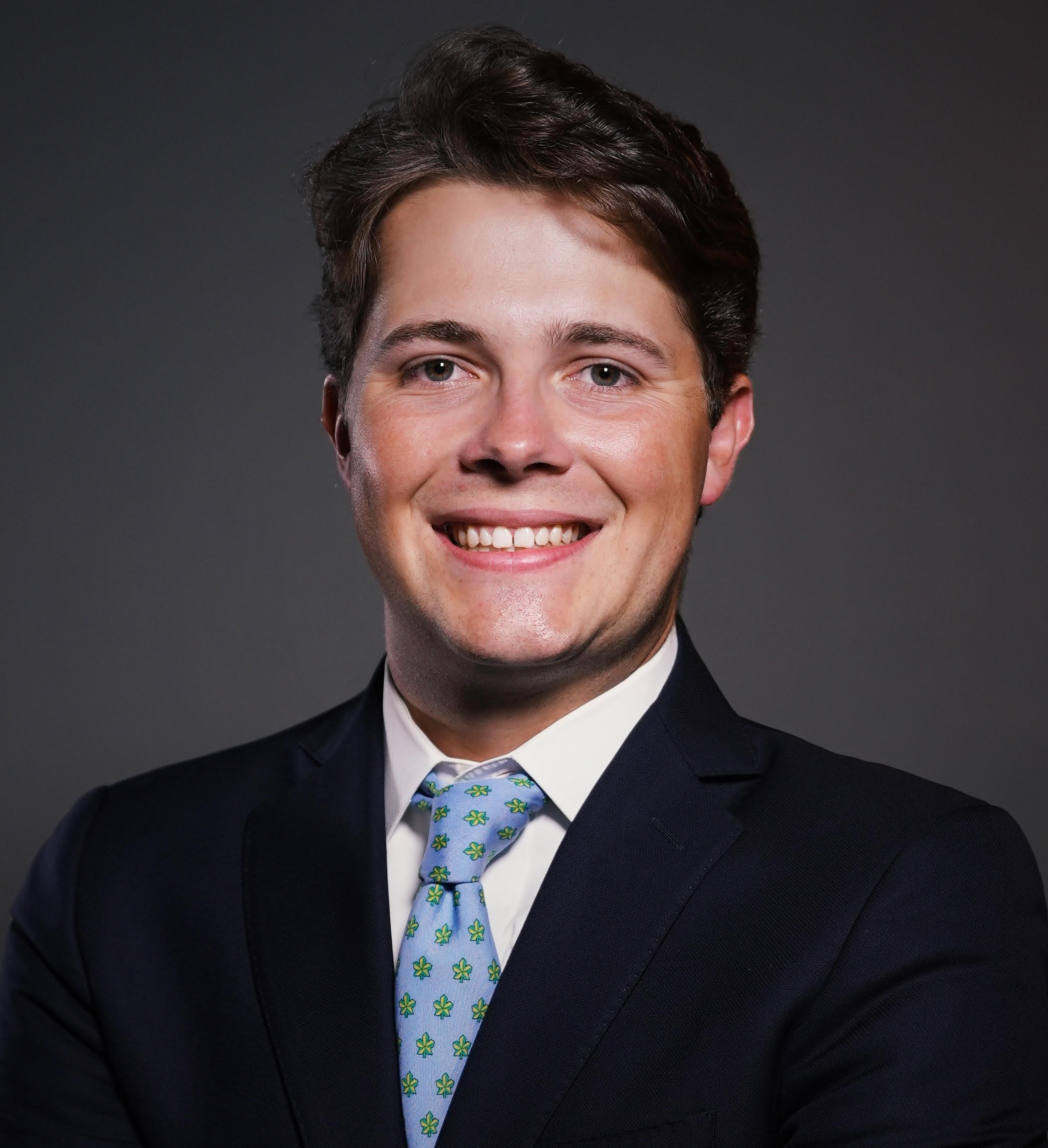 Matt Marino Headshot | Dakota Investments